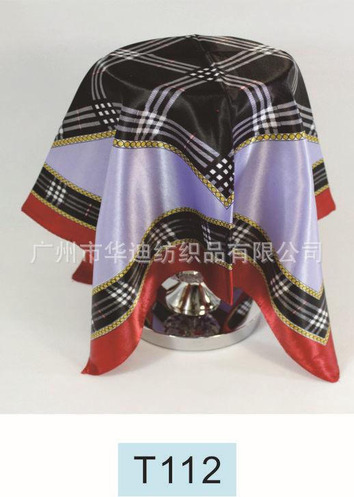 可爱如何小方巾 采用台版印刷技术 颜色鲜艳不易掉色 专业丝巾厂