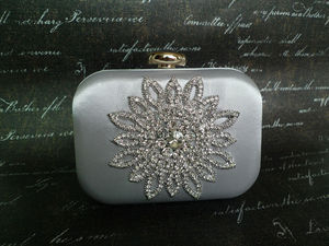 A South Korea set auger package sunflower dinner at hand fashion female package bag chain hand bag