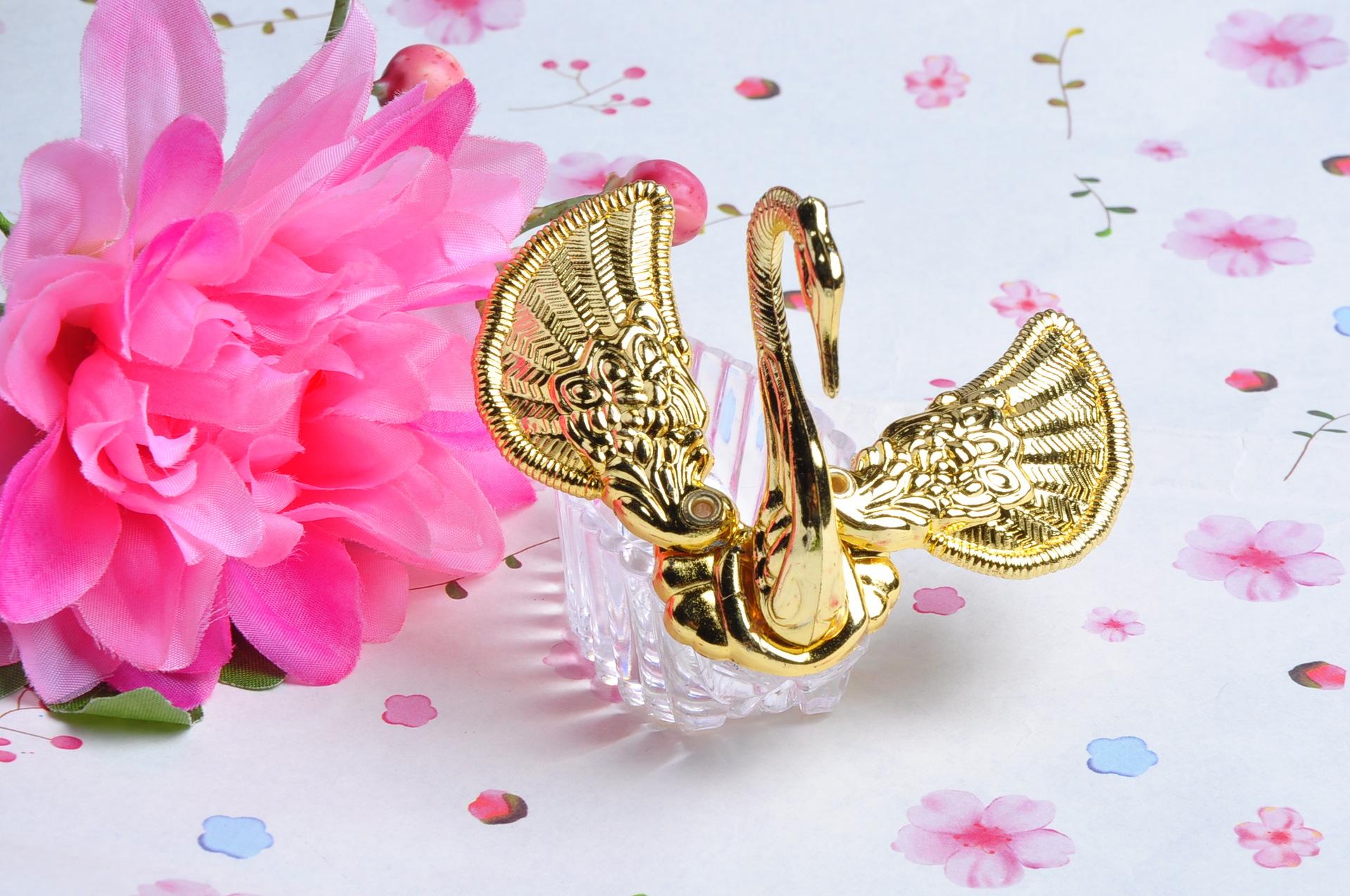 Elegant Purple Wedding At Black Swan Lake: Elegant Organza Clear Acrylic Swan Candy Box Wedding Favor