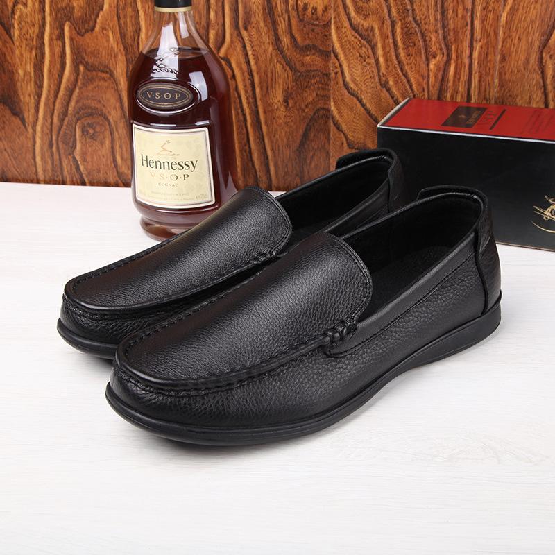 热销 厂家批发春夏牛皮中老年男士休闲软皮鞋大码男鞋子45码 46码
