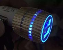 发蓝光小钢炮3.1A车充 双USB子弹头车充 彩色铝合金2USB充电器头
