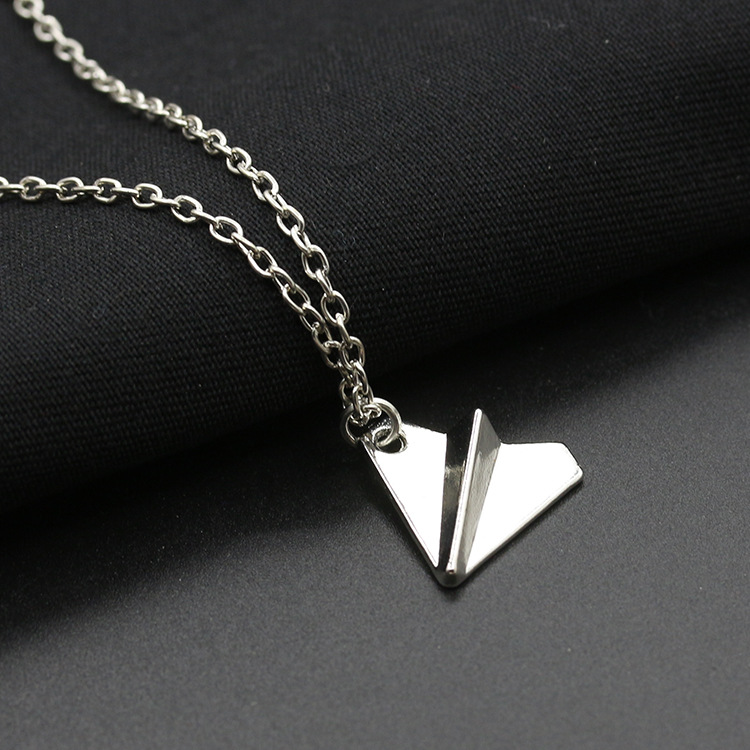 Best selling aircraft necklace origami airplane pendant necklace environmental alloy plating necklace NHCU180258