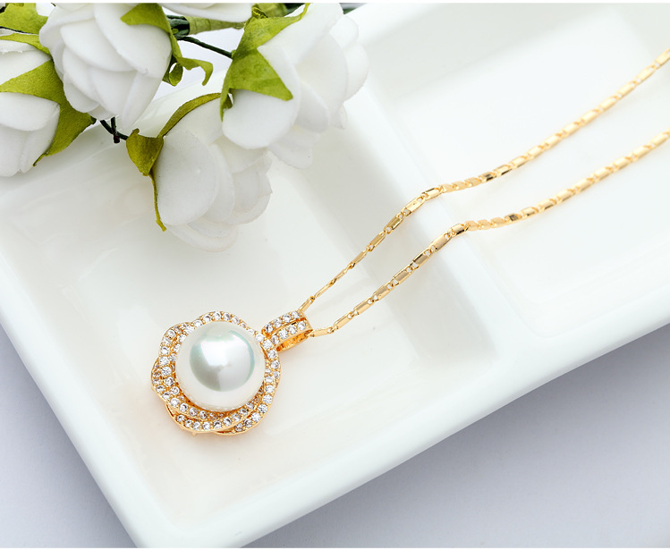 Necklace with copper 3A zircon beaded ornaments NHTM173894