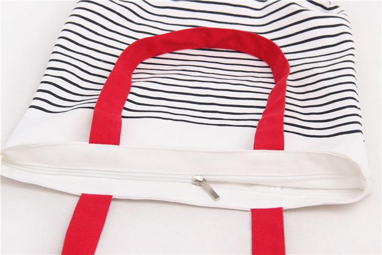 Màu sắc:Dây đeo vai màu đỏ