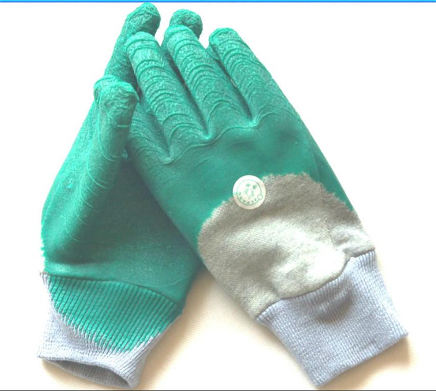 厂家(价)乳胶手套 浸胶挂胶手套 中国青岛集芳制造产品