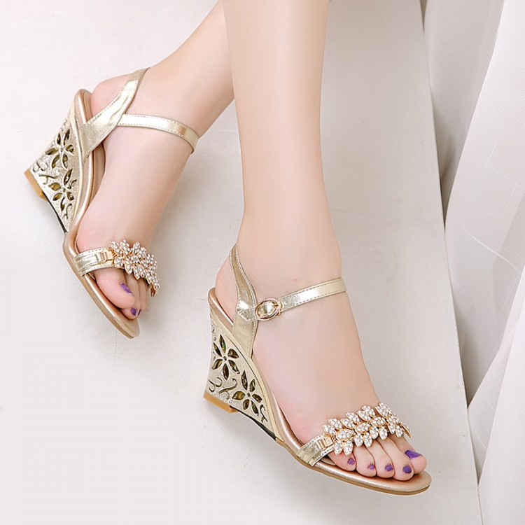 971e7213ff Summer Fashion Rhinestone Sandals Shoes Size Diamond Custom Code 33 43 Code  Summer Casual Slope Heel Sandals Sandals For Girls Chaco Sandals From  Luokefei2, ...