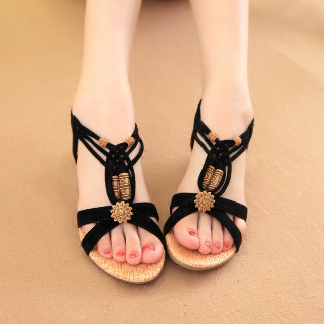 2015夏季新款平底串珠波西米亚露趾平跟甜美沙滩女式学生凉鞋韩版