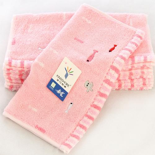 金号纯棉方巾小碎花卡通图案 柔软吸水小毛巾婴儿口水巾