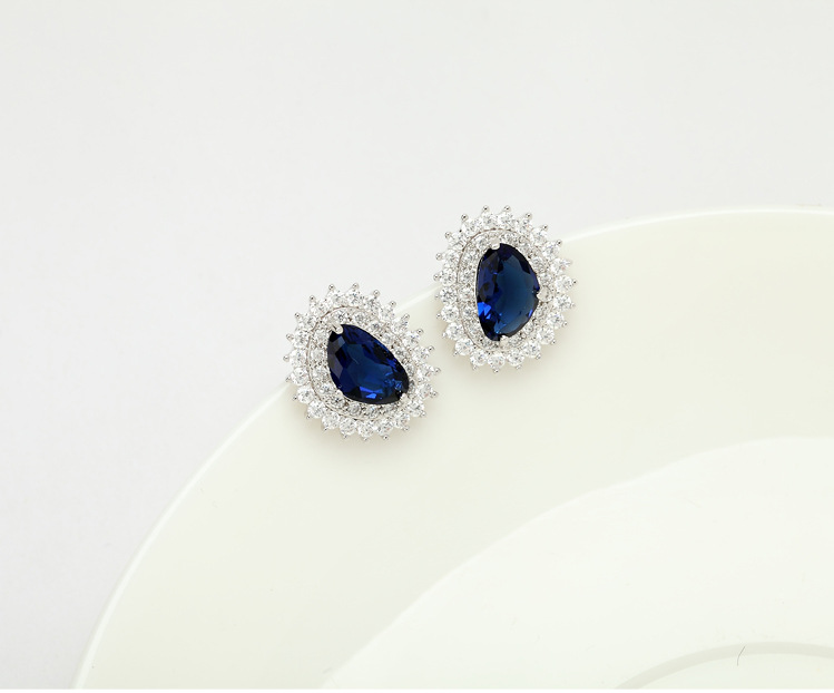 Stud Earrings AAA Zircon Simple Earrings Exquisite Fashion Jewelry for girls NHTM180433