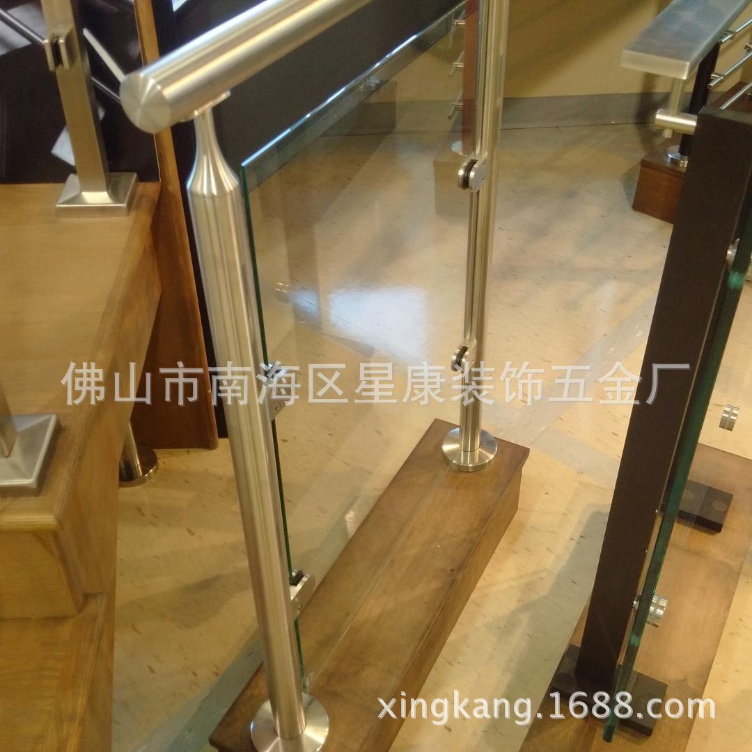 专业生产不锈钢挂玻璃立柱 不锈钢玻璃栏杆  不锈钢玻璃工程