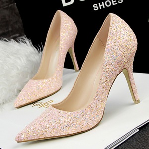939-2 sequined shoes