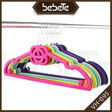 比比特厂家专业生产植绒衣架高品质植绒颜色可以定来样加工定做