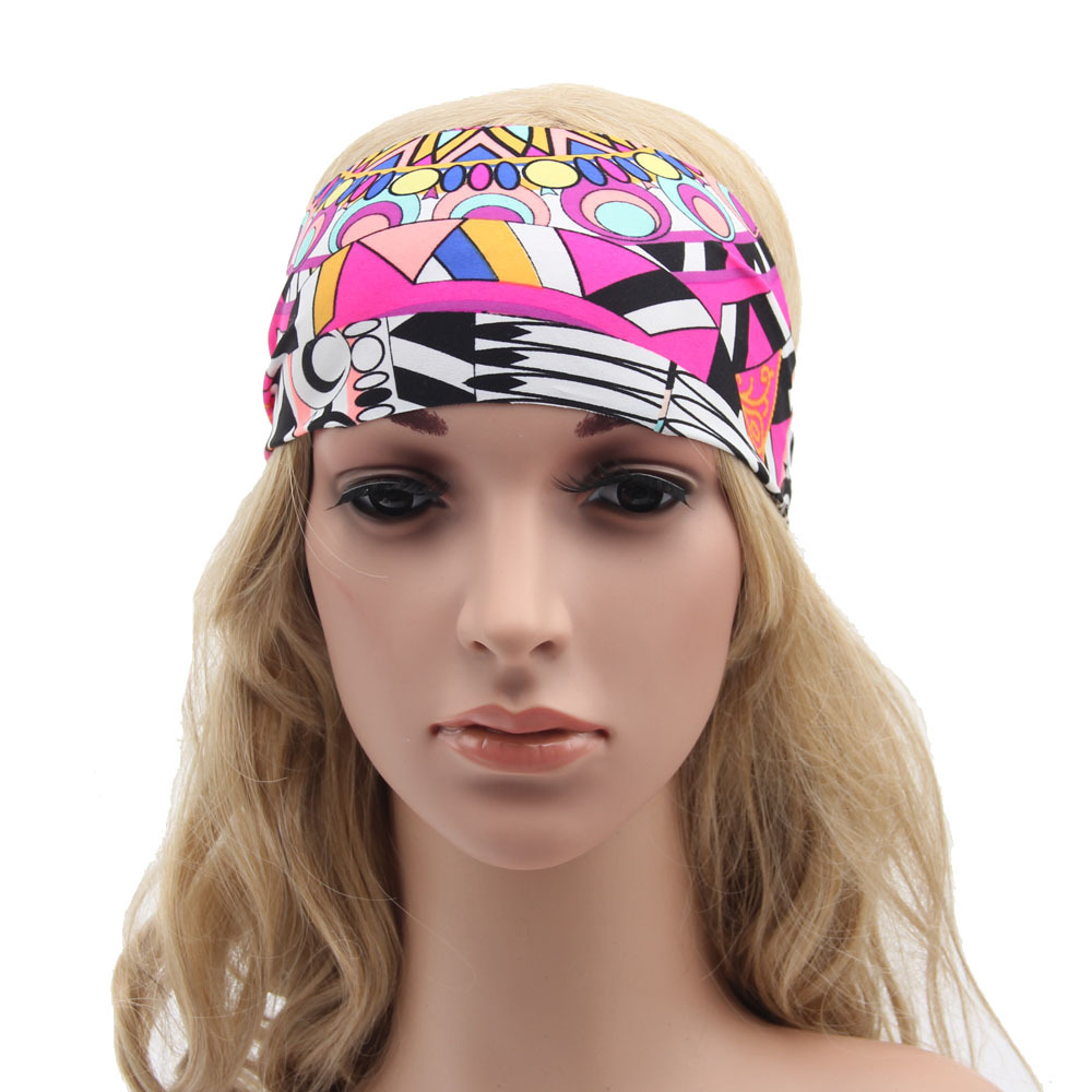 Luckily we have an assortment of unique, vintage-inspired hair accessories for women that help tame your mane and can complete any ensemble. A hair fixture can neatly push your hair back and blend bohemian chic and elegant styles.