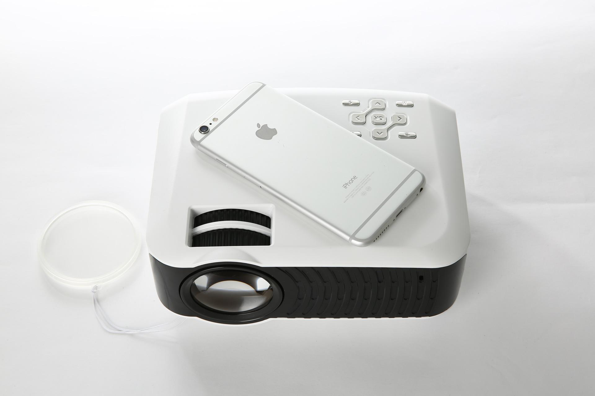 厂家直销 家用高清投影仪 便携LED  智能3D无屏电视礼品投影机