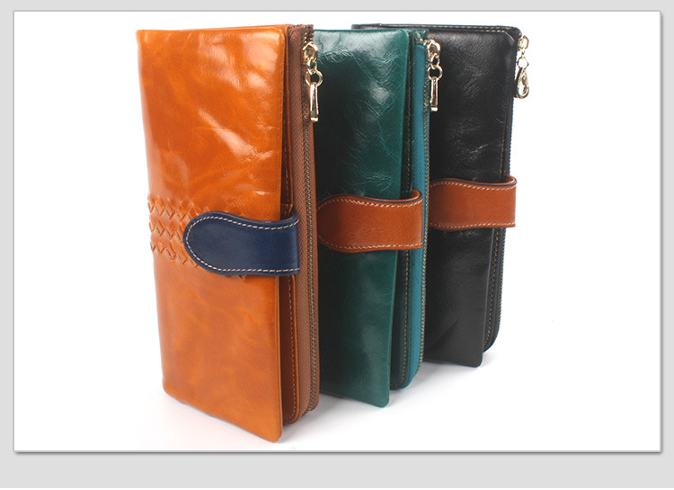 leather travel wallet for women