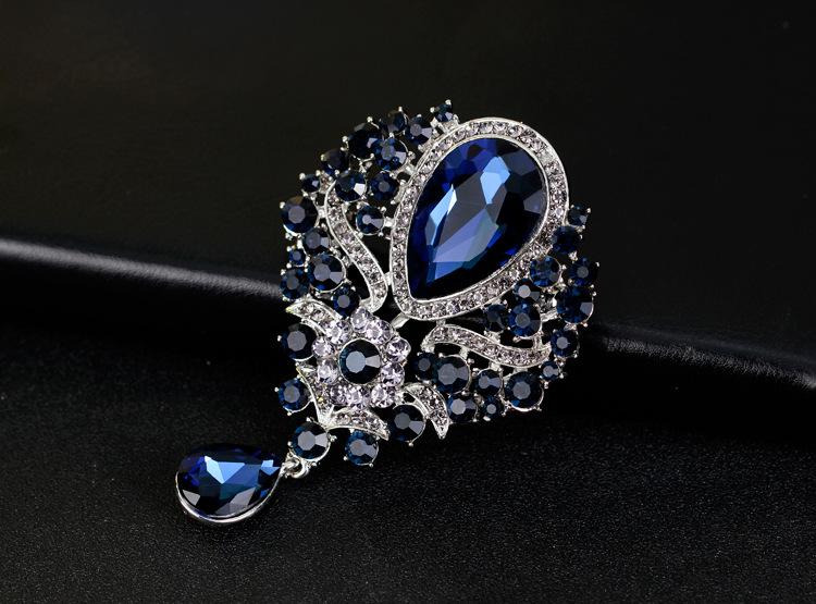 Fashion rhinestone glass alloy brooch NHDR132412