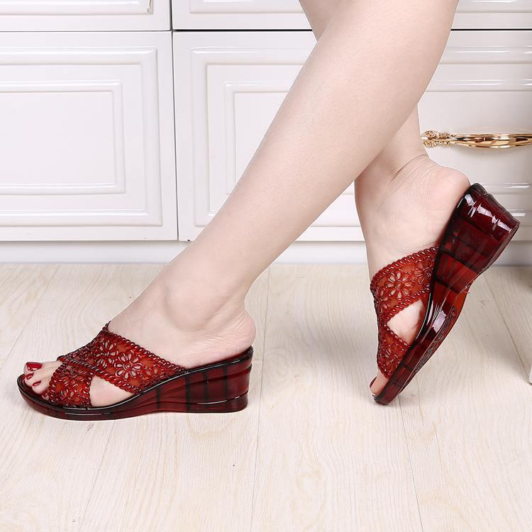夏季透明水晶果冻凉拖鞋韩版休闲一体塑料拖鞋女防滑沙滩鞋