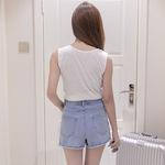 Quần short jeans nữ thời trang, trơn màu hiện đại, dáng Hàn