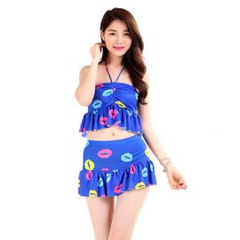 Split skirt size chest gathered swimsuit ladies sexy slim girl cute conservative hot springs