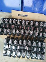 三位四通手動換向閥液壓閥組液壓閥塊超高壓電磁換向閥電液換向閥