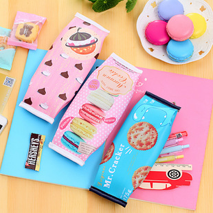 Yilan Japanese and Korean stationery simulation biscuit pencil case creative high school student pencil case stationery bag school supplies