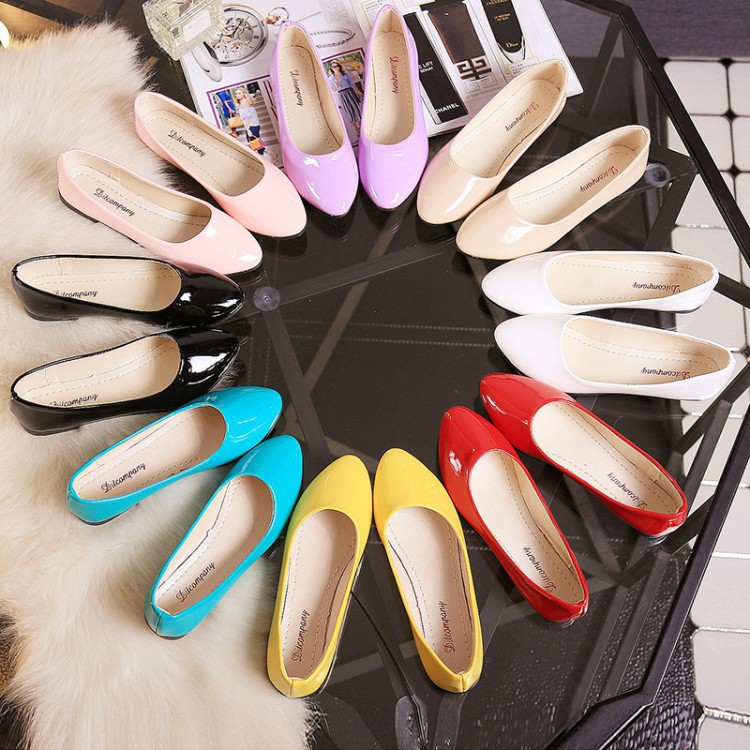 Spring New Korean Women'S Shoes Single Shoes Pointed Flat Sole Flat Heel Patent Leather Pea Shoes Shallow Mouth Work Shoes