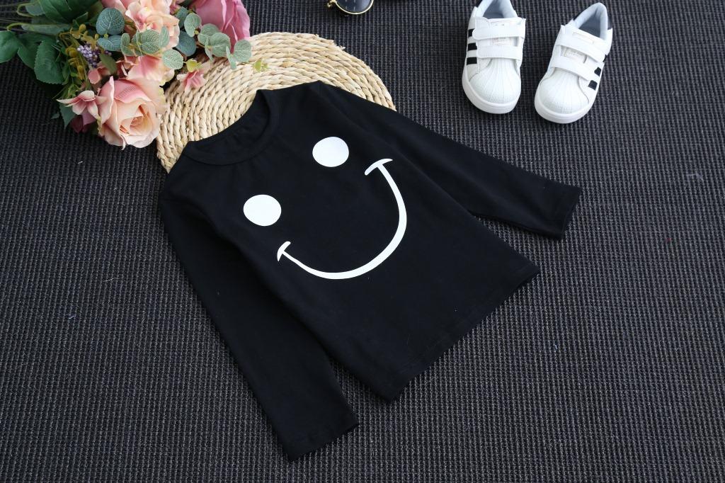 韩版儿童纯色长袖T恤 秋男童纯棉笑脸圆领上衣 童T恤一件代发
