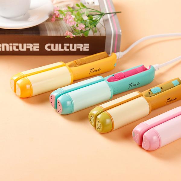 ขายส่งผลไม้เกาหลีมินิเฝือกไฟฟ้าม้วนผมตรงตรงความคิดสร้างสรรค์ที่น่ารักสอง curlers ไฟฟ้าแท่งผม