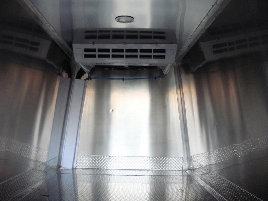经典全顺冷藏车改装  上海松寒冷冻  提供成套方案