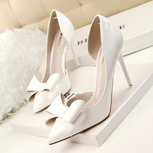 sweet sexy high-heeled shoes shallow mouth tines hollow out patent leather bowknot