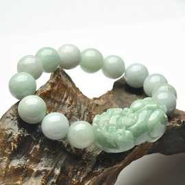 Genuine jade jadeite jade wild animal bracelet natural A cargo jade wild animal male and female style recruitment wealth to ward off evil jade pendant can be issued certificate