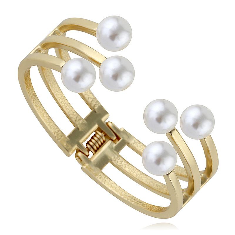 Occident and the United States alloy Inlaid pearl bracelet (Gold)NHKM2447-Gold