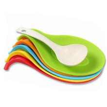 厨房用具味碟厨具硅胶勺托炊具托盘厨具搁勺器 多功能硅胶汤勺架