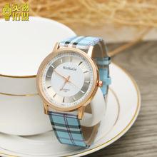 日韩流行方格纹皮带手表时尚潮流男女表学生石英表批发