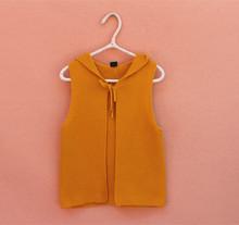 Áo khoác len bé gái thời trang, kiểu dáng gile, thiết kế liền mũ