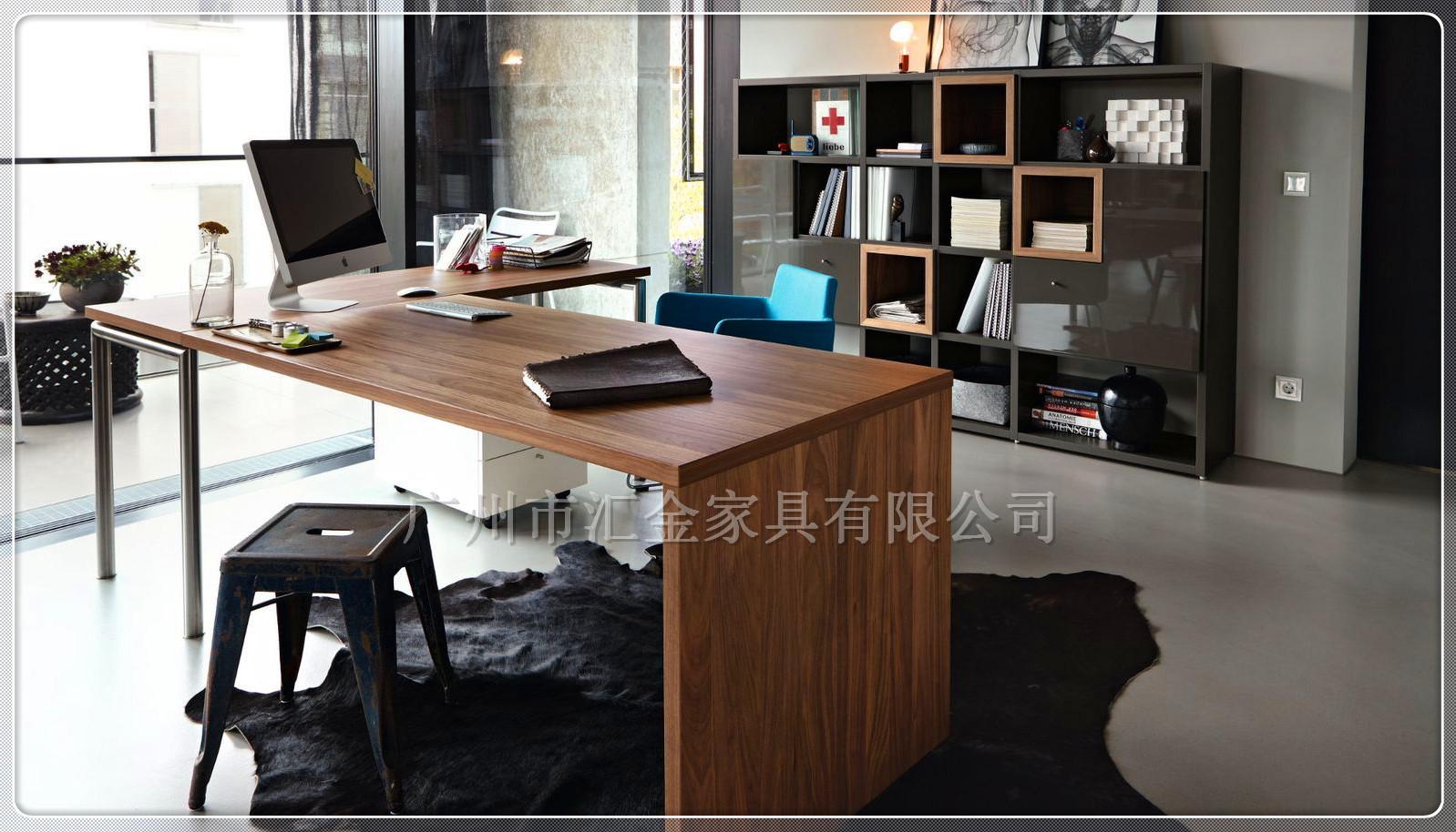 新品推荐 简约钢木组合台式电脑桌办公桌 可定制