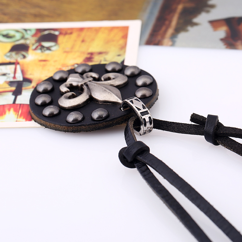 Vintage art leather rope Europe and America punk leather necklace sweater chain long necklace fashion versatile jewelry NHPK178091