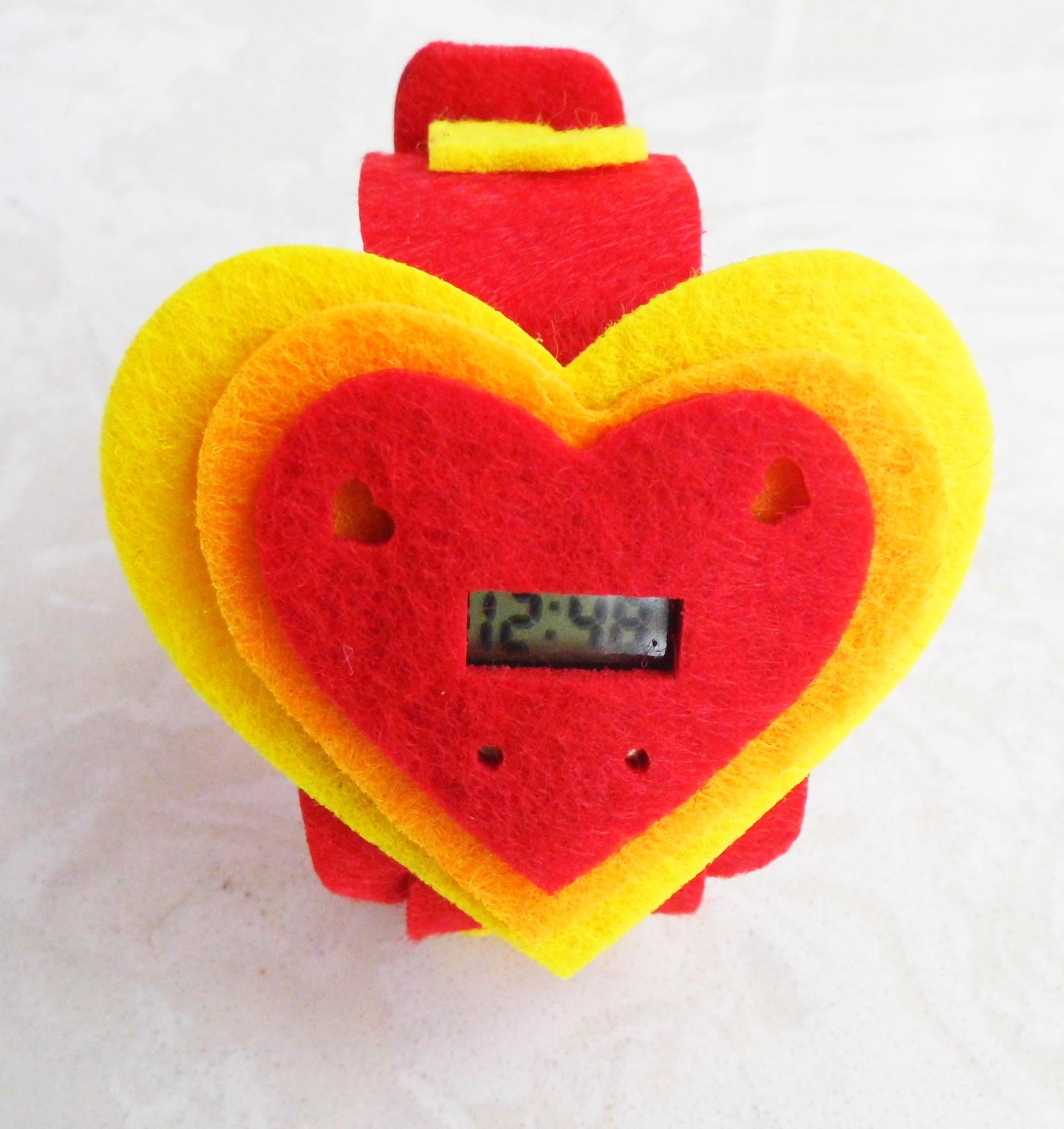 广告促销品心形情侣电子手表定做哦学生爱心数字七夕手表批发