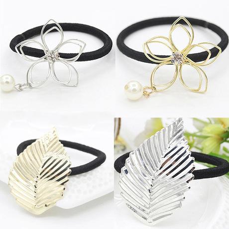 Phiên bản tiếng Hàn của phụ kiện trang sức tóc vòng tóc hợp kim lá hoa dây tóc rỗng Phiên bản tiếng Hàn của mũ cao su buộc dây bán buôn