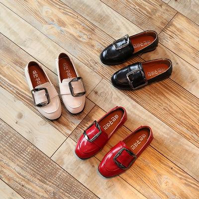 Giày bé gái thời trang, màu sắc ngộ nghĩnh, kiểu dáng đáng yêu