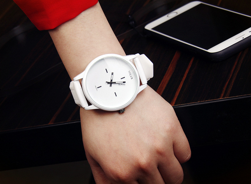 European and American simple black and white Korean couple big dial NHSY145986