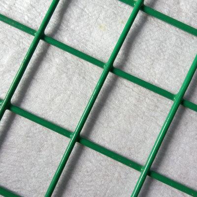 养鸡铁丝网片 养鸡围栏铁丝网 绿色铁丝网 养殖专用