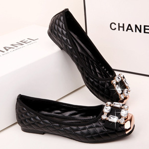Diamond Flat shoes of Women