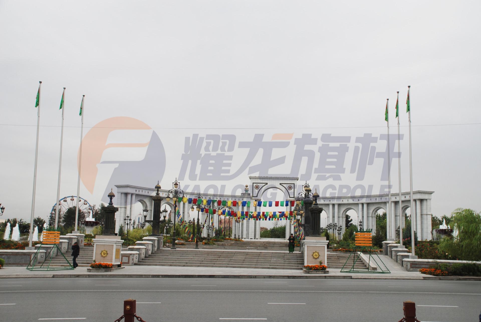 土库曼斯坦Ashgabat市中心广场