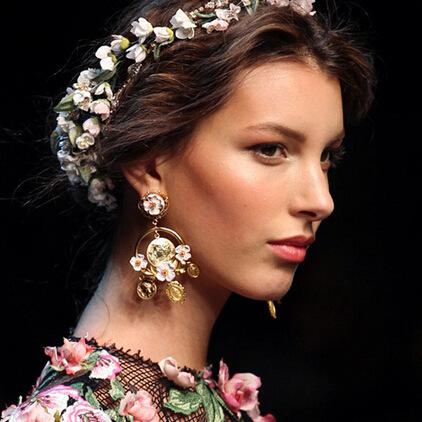 E393欧美韩国饰品女复古宫廷巴洛克风耳环 树脂雕花朵耳钉