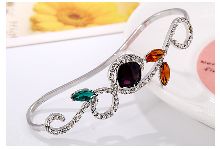 Nuevo Hollow Leaf Flower Palm Ring Luxury Diamond Palm Ring Bangle Brazalete NHKQ194206