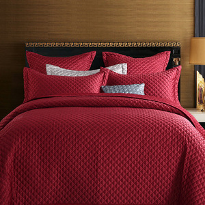 Jane quilted quilted bed cover red cotton multi needle bedding soft outfit like Nantong wholesale house