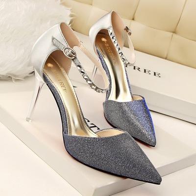 # 685-2 sandals