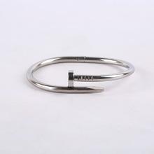 韓國時尚潮流鈦鋼不銹鋼釘子手環情侶黑色手鐲鈦鋼手鐲工廠直銷