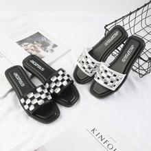 厂家批发2018夏季凉拖 室内外季厚底一字拖鞋女 方头防滑沙滩拖鞋